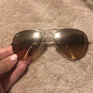Brown and good Rayban sunglasses